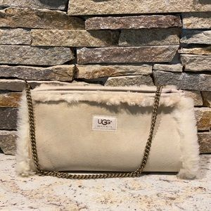 Ugg muff purse and dust bag. Suede & Sherpa lined